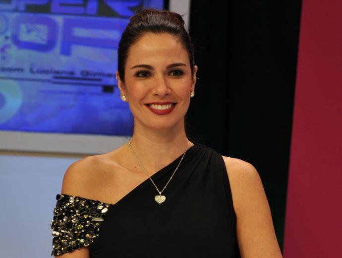 Luciana Gimenez Acerta Detalhes Para Entrevistar Lady Gaga « Antena